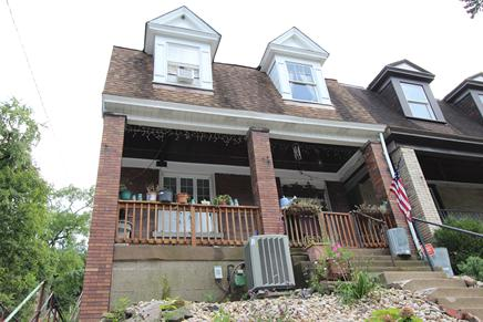 CRAFTON HEIGHTS 3 BEDROOM CRAFTSMAN STYLE HOME FOR SALE NEAR PITTSBURGH