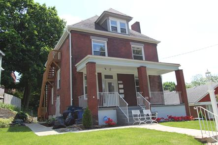 3 UNIT APARTMENT BUILDING FOR SALE NEAR PITTSBURGH