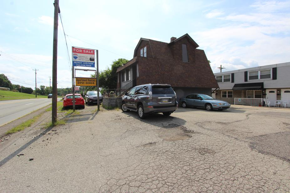 FREE STANDING COMMERCIAL BUILDING FOR SALE ON US RT-30 NEAR PITTSBURGH PA