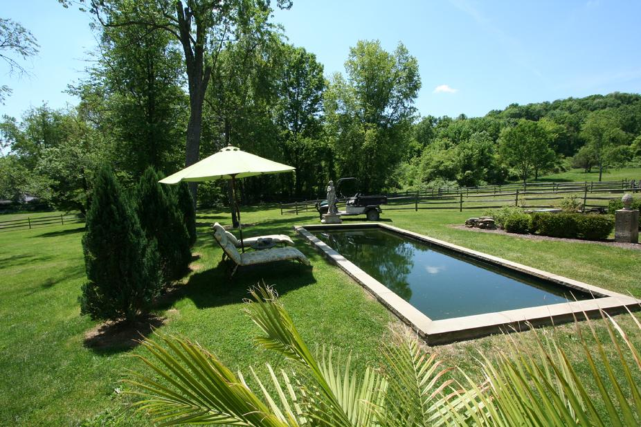 30 ACRE LUXURY HORSE ESTATE NEAR DOWNTOWN PITTSBURGH