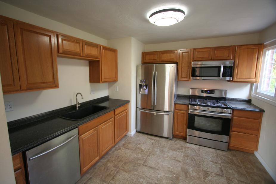 MONROEVILLE NEWLY RENOVATED 3 BEDROOM HOUSE FOR SALE NEAR UPMC EAST