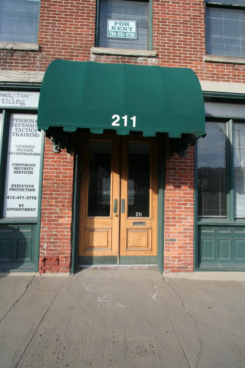 DOWNTOWN PITTSBURGH VINTAGE OFFICE / STUDIO SPACE FOR RENT